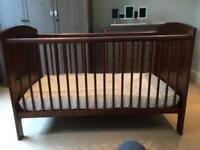 Mammas and Pappas junior cot bed