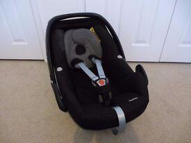 Maxi-Cosi Pebble Group 0+ Baby Car Seat, Origami Black