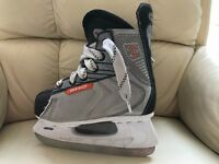 Childrens Ice Skates Size 1 by SWJ