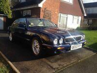 Jaguar XJ8 3.2 V8 Executive Blue