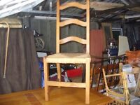 4 x dining chairs in excellent condition