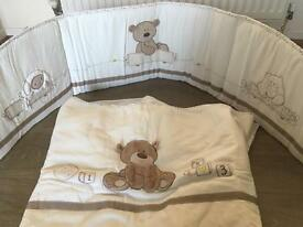 Baby cot Bumper, coverlet, sheets and pockets