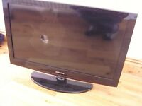 "Samsung 32"" Flat Screen Plasma TV for Spares or Repair LE32C450E1W"