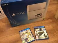 White PS4 500GB + FIFA + Call of Duty