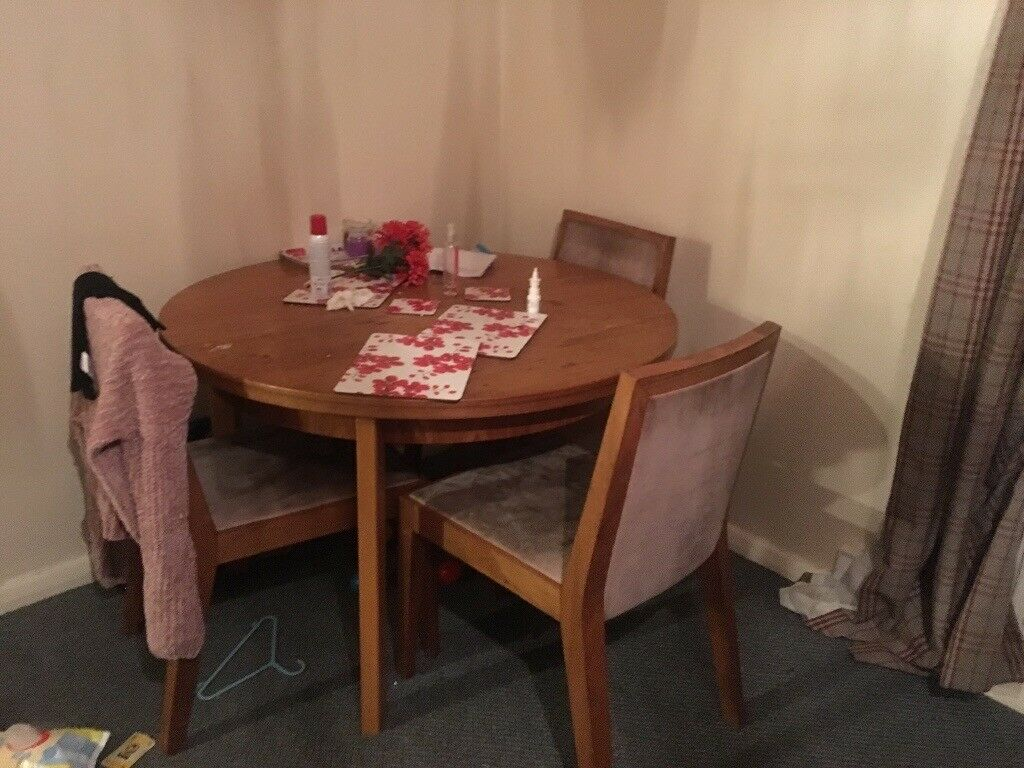 Round Dining Table And 4 Chairs Halifax