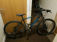 Cannondale trail 3 mountain bike with fluid brakes and 29 inch wheel