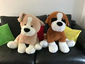 Large cuddly toy dogs