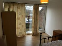 Nice Rooms in a nice clean house near Basildon town centre to let