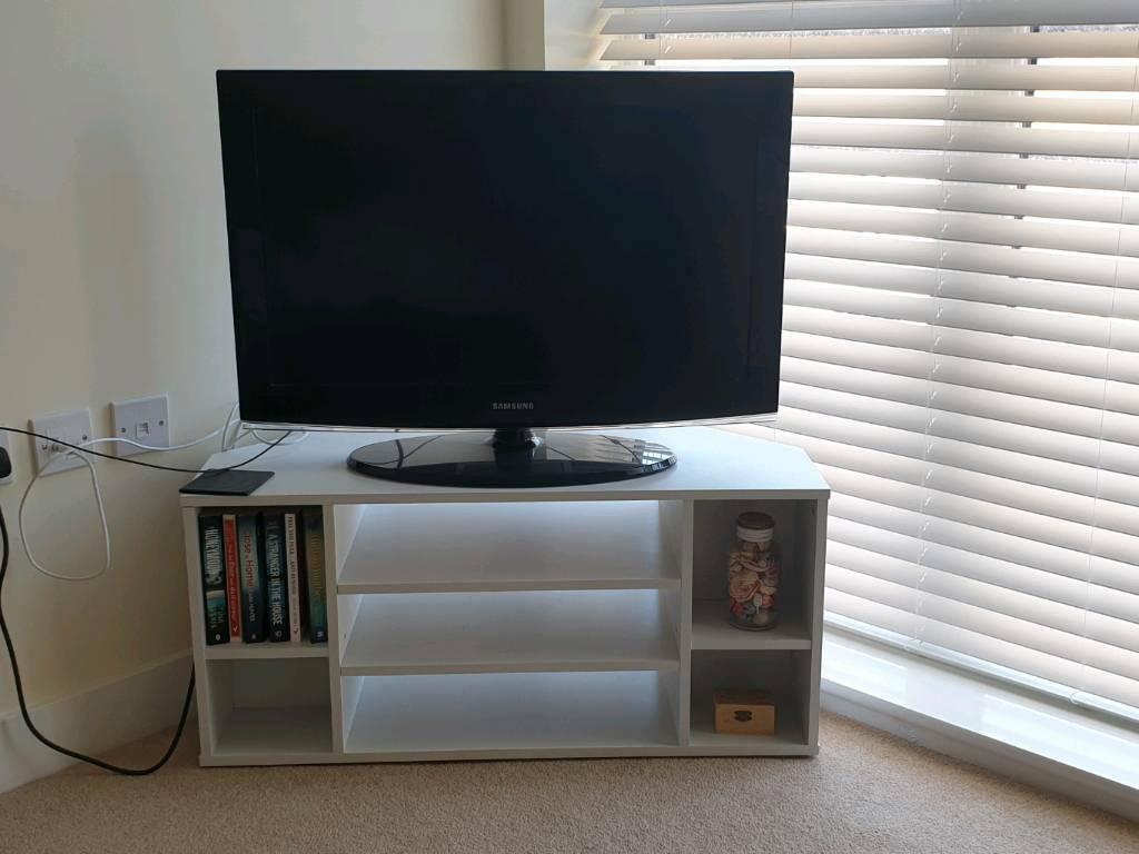 White Tv Corner Unit