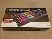 Native Instruments Traktor Kontrol F1 (with Traktor Pro 2 license) + Decksaver cover