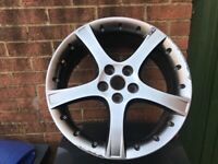 Ford/jaguar 18 inch alloy wheels