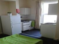 Studio flat in 125 Northam Road, Northam, Southampton