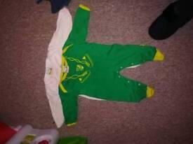 Baby boy Norwich football 6-12 months