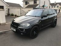 BMW X5 black on black