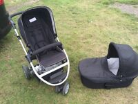 Mamas and Papas Zoom with carrycot