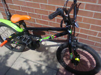 £65 LIKE NEW BMX 8 BALL X RATED