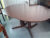 1 dining table,mahogany,no marks & scratches,150cm long,100cm wide, very good condition