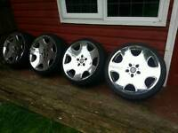 "19"" Chrome Alloys With Tyres"
