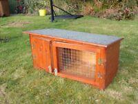 Small rabbit/ guinea pig hutch