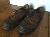 DR. MARTENS shoes size 6