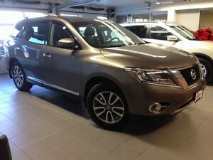 2014 Nissan Pathfinder SL 1 OWNER LOCAL TRADE!!!