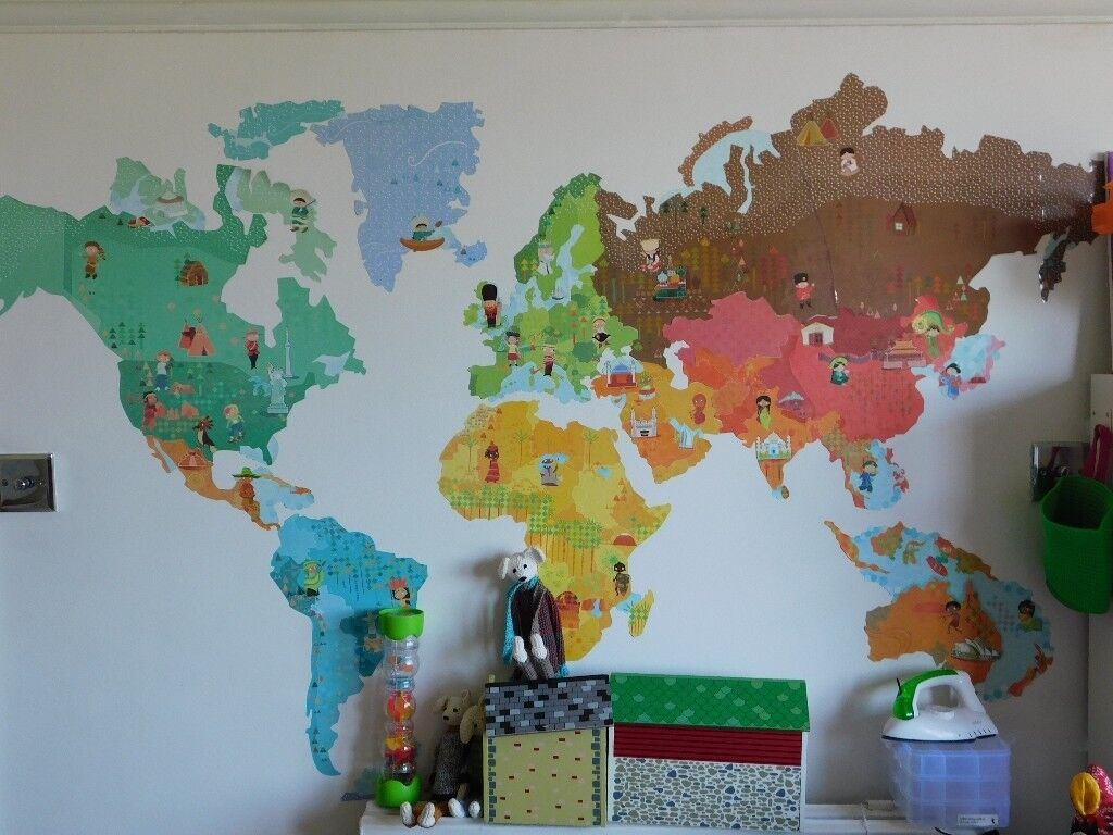 Janod World Map.Janod Wall Sticker World Map With 100 Animal Magnets In Dulwich