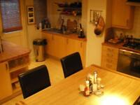 2 Bedroom House, Furnished, Great Location, Would suit couple - Available 1st NOVEMBER