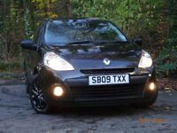 2009 Facelift model Renault Clio 1.2 Extreme, full year's MOT, stunning condition inside and out,.