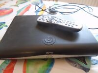 SKY HD Box DRX890, Remote & Wireless Connector & Leads