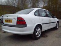 ★ Vauxhall vectra B ★ CDX Spec ★Saloon 1.8 petrol 16V German import ★ golf astra passat
