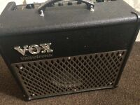 VOX AD15VT GUITAR AMP COMBO 15 WATT VALVE PREAMP DIGITAL PROCESSOR AND EFFECTS BUILT IN
