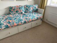 Bed Hemnes