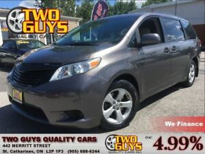 2011 Toyota Sienna V6 NICE LOCAL TRADE IN!!