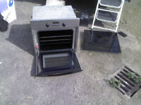 SCHOTT CERAN BUILT IN ELECTRIC OVEN AND ELECTRIC HOB GOOD CONDITION