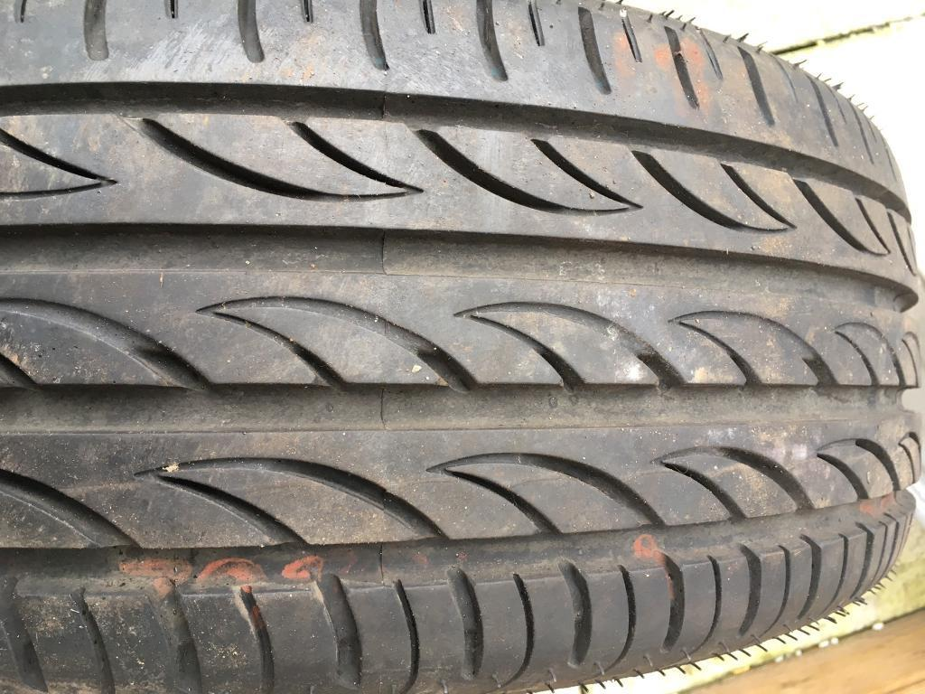"""17"""" tyre"""