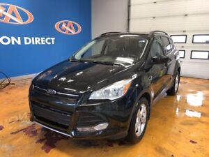 2015 Ford Escape SE 4X4/ LEATHER/ PANO ROOF