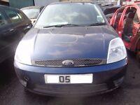 BREAKING -- Ford Fiesta Style 1.4L Petrol 79BHP ------2005