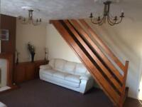Fully Decorated - 3 Bedroom Semi Detached House - Weston Favell - Driveway - Garden - Quiet Area