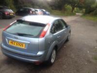 Ford Focus 1.6 petrol ghia long mot good runner alloys 2006