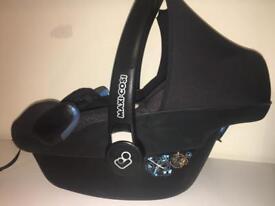 Maxi Cosi Pebble baby carrier car seat ltd edt