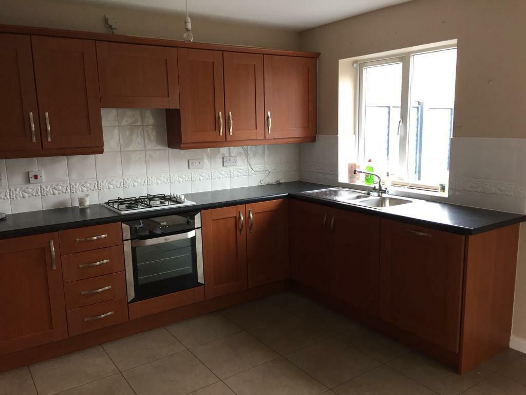Kitchen and integrated appliances - great condition | in Pontcanna ...