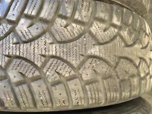 4 pneus d hiver 215/60r16 general a l etat neuf