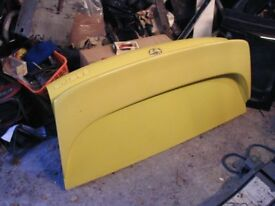 Toyota MR2 Mk2 1994 Bootlid in Yellow