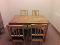 Second hand dinning table, 4 chairs and cushions