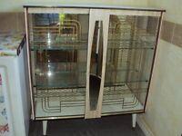 retro \ vintage display cabanit
