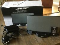 Bose SoundDock Digital Music System with blue tooth i-sync music receiver