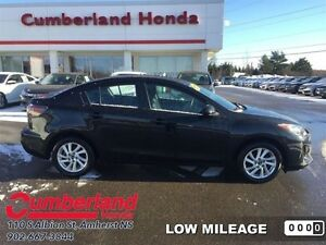 2013 Mazda MAZDA3 GS-SKY  - Low Mileage
