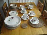 Alfred Meakin Realm Rose vintage dinner and tea set 1940s