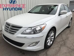 2013 Hyundai Genesis 3.8 LOADED 8 SPEED V6 LUXURY WITH LOW KMs A