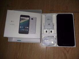 USED white Google Nexus 5X 32GB H791 SIM FREE/ UNLOCKED - with box and accessories